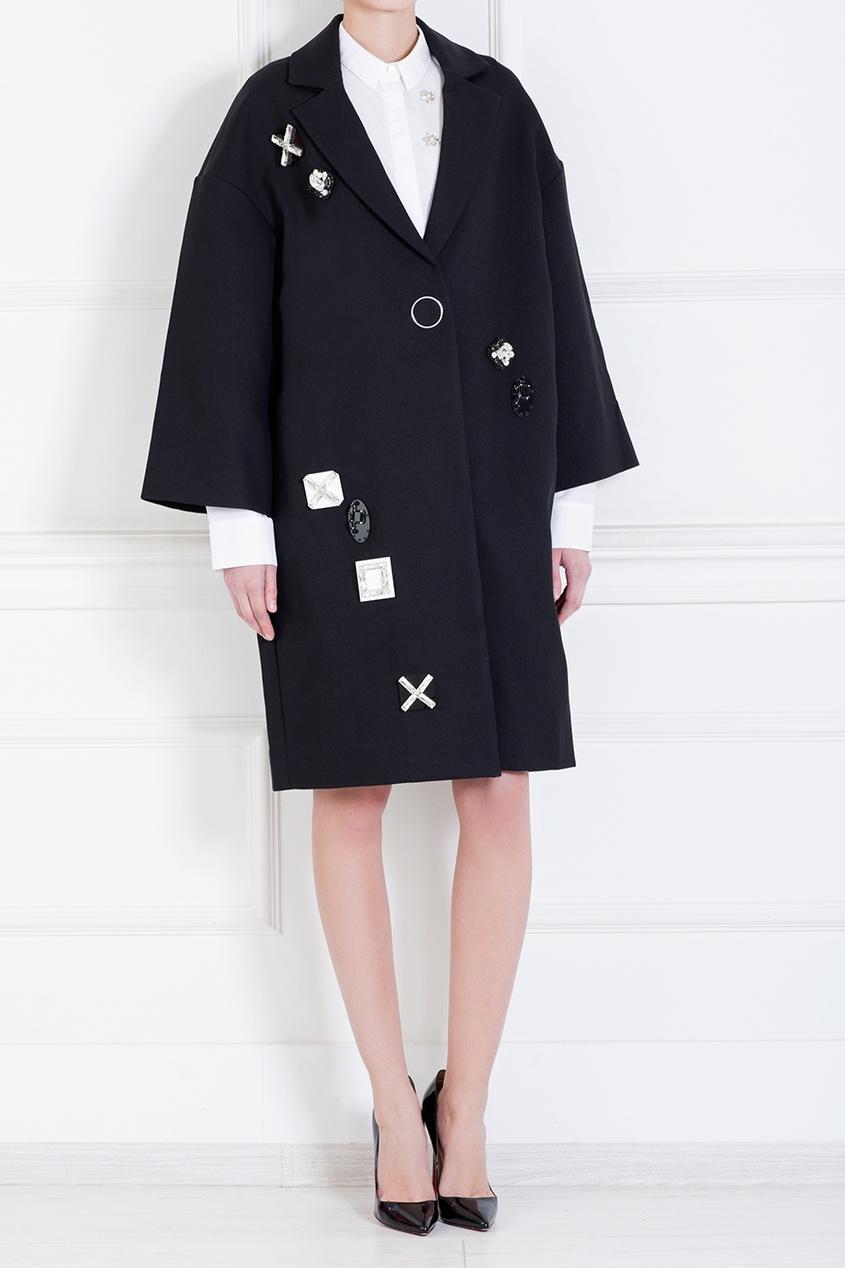 Пальто с вышивкой от AIZEL