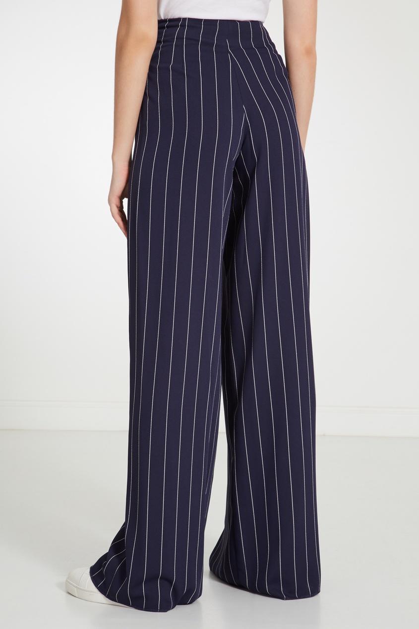 Фото 3 - Синие брюки в полоску синего цвета
