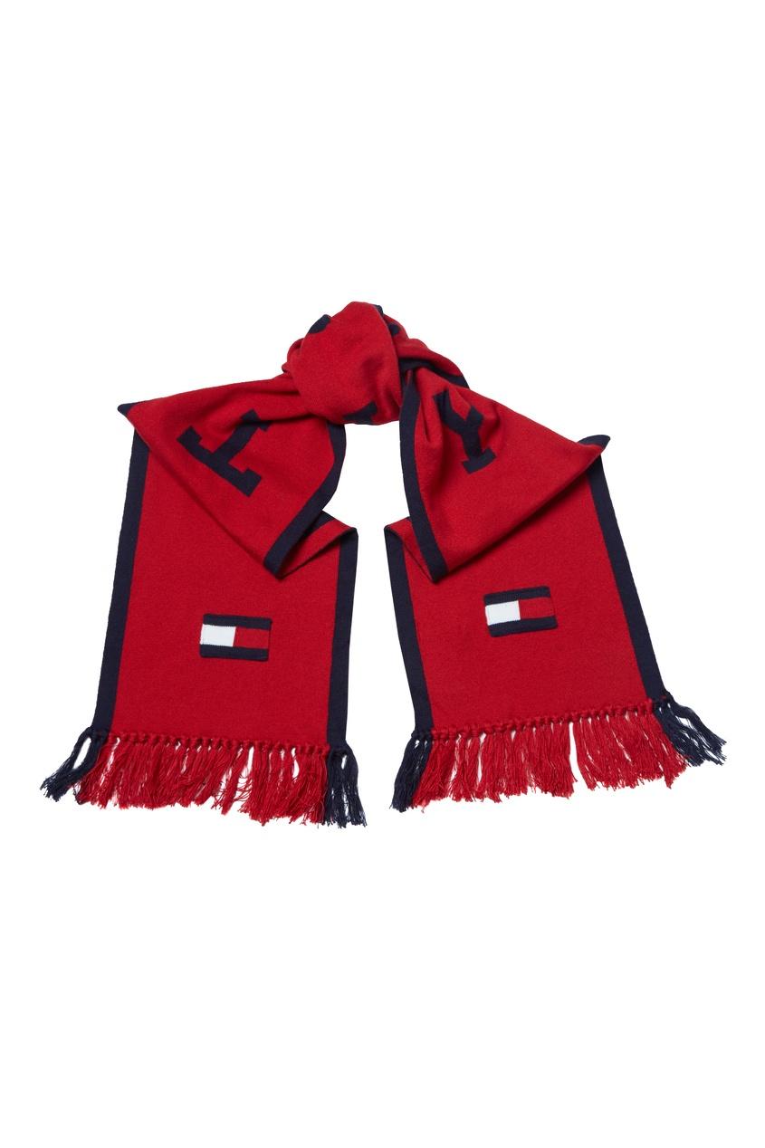 Контрастный шарф с надписью