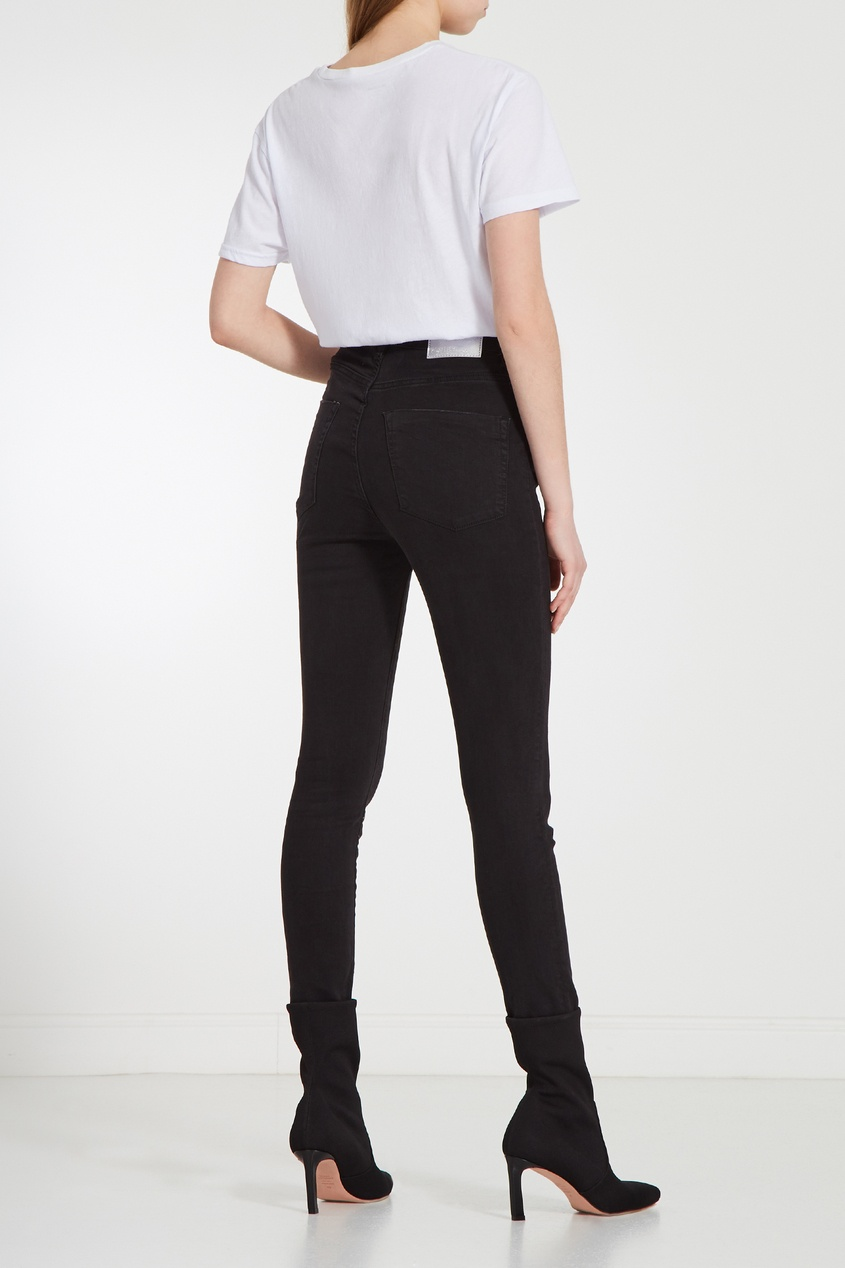 Фото 5 - Черные джинсы средней посадки от One Teaspoon черного цвета