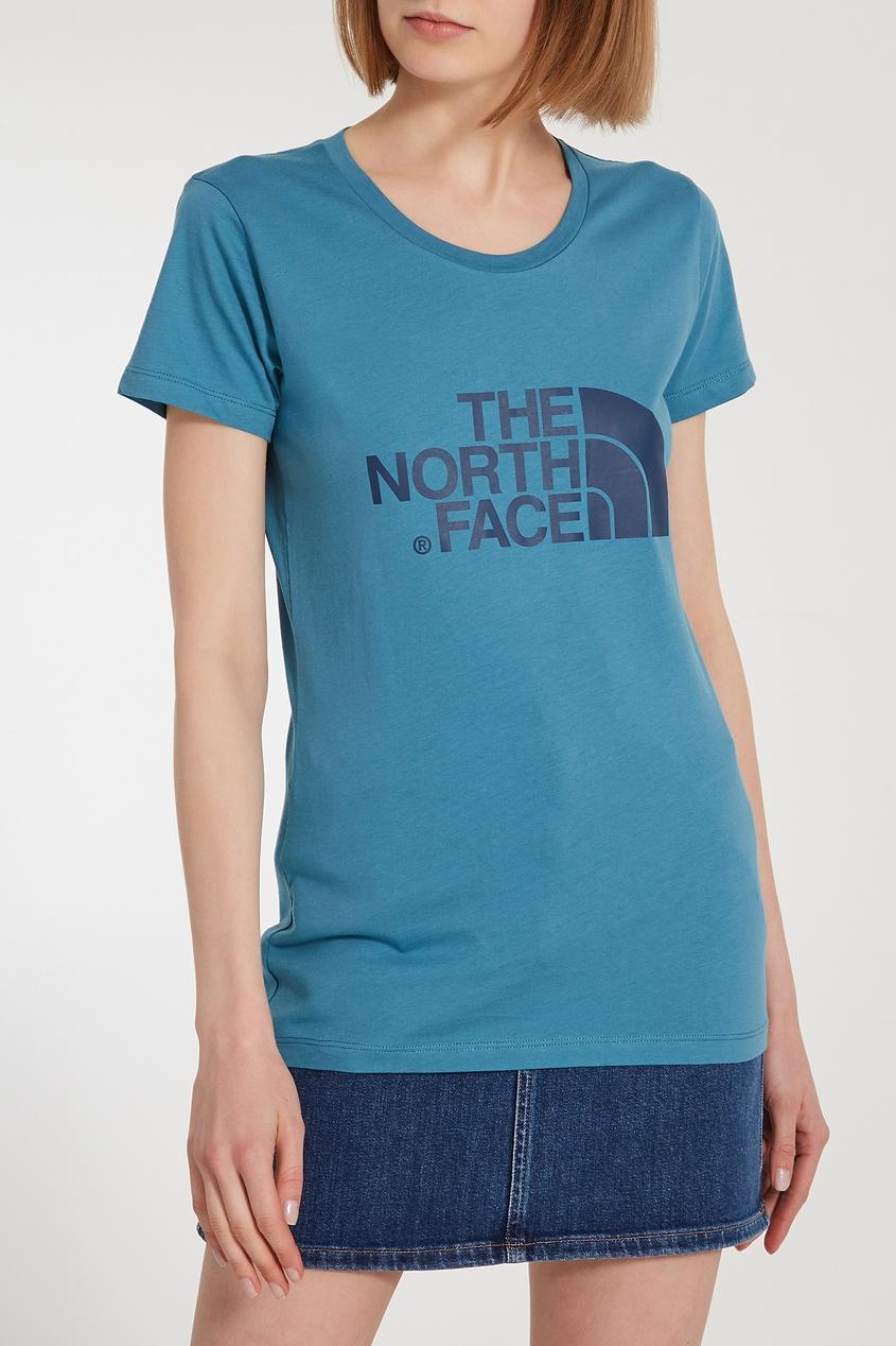 Фото 6 - Удлиненная синяя футболка с логотипом синего цвета