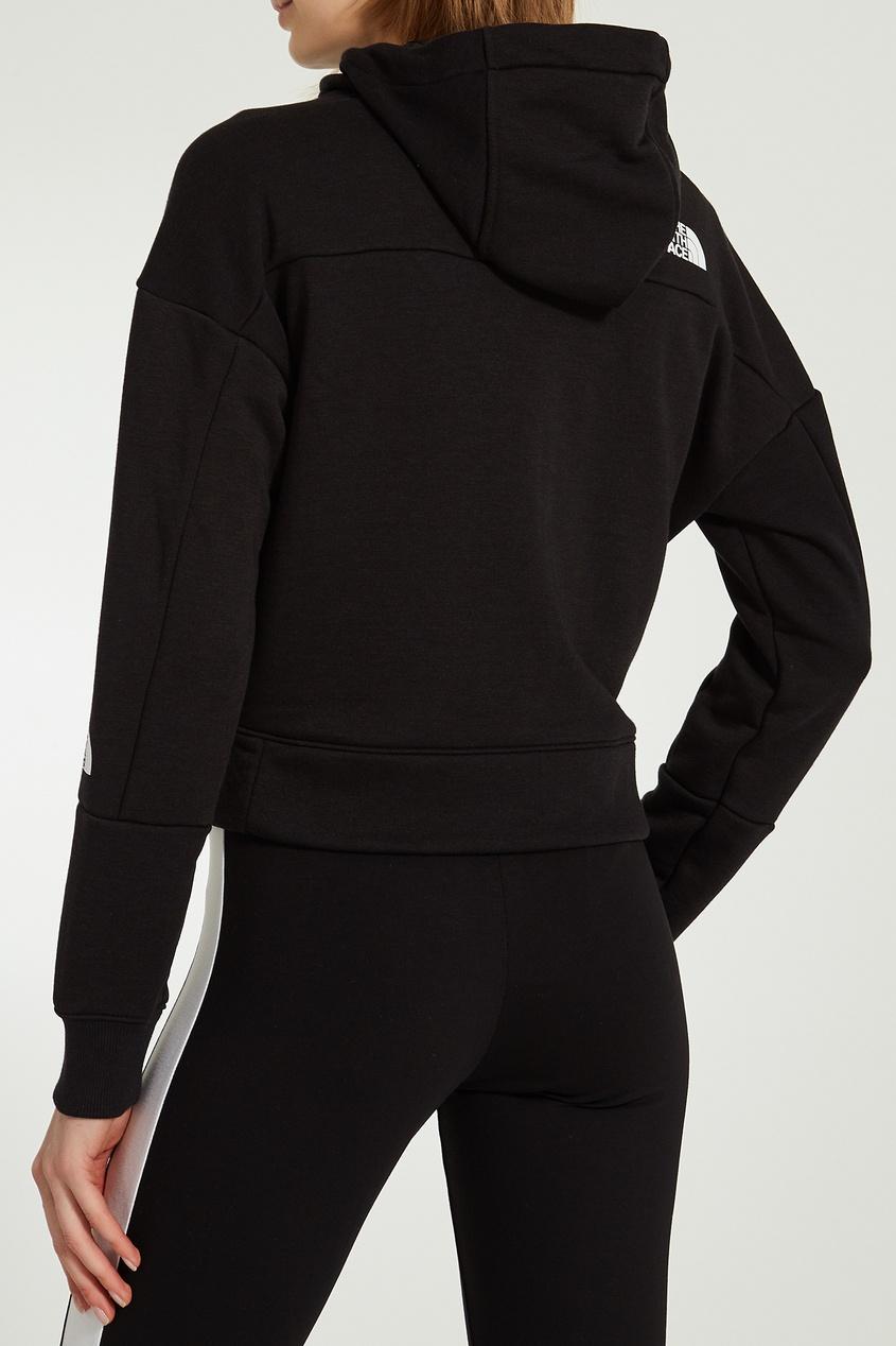 Фото 6 - Короткая черная толстовка черного цвета