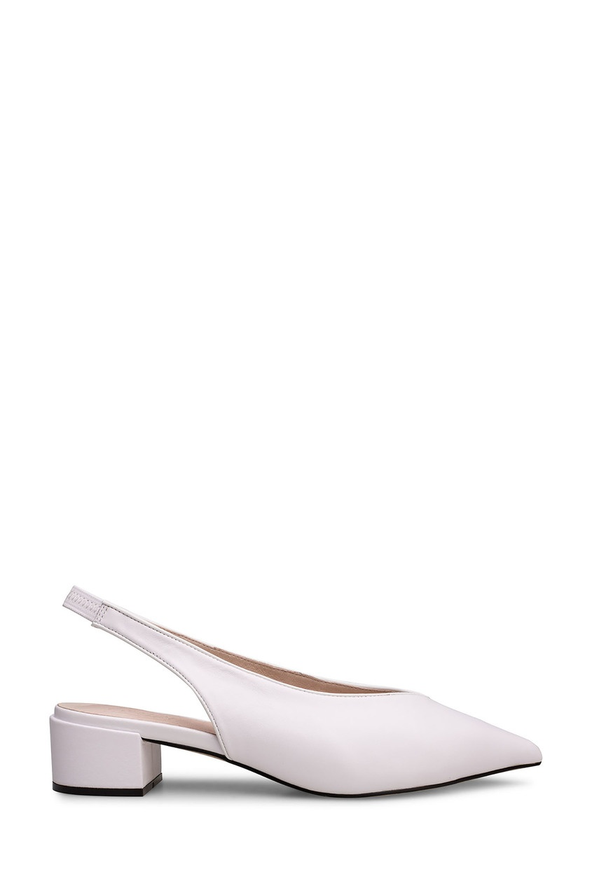 Белые туфли с ремешком Portal