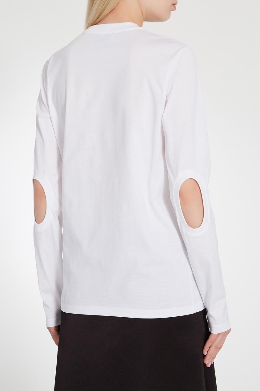 Фото 2 - Лонгслив с отверстиями на локтях от Prada белого цвета