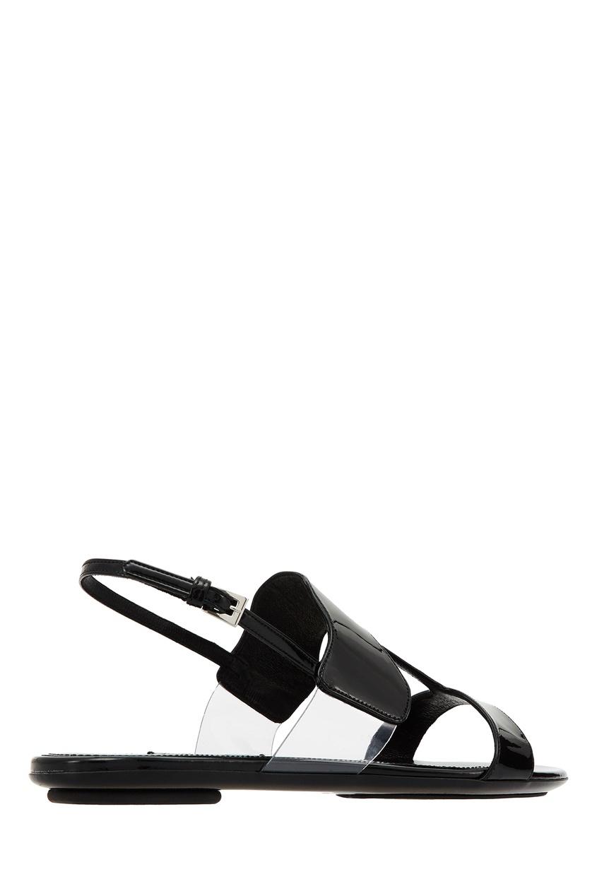 Фото 5 - Черные сандалии из кожи и плексигласа от Prada черного цвета