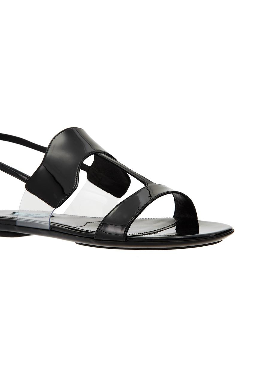 Фото 6 - Черные сандалии из кожи и плексигласа от Prada черного цвета