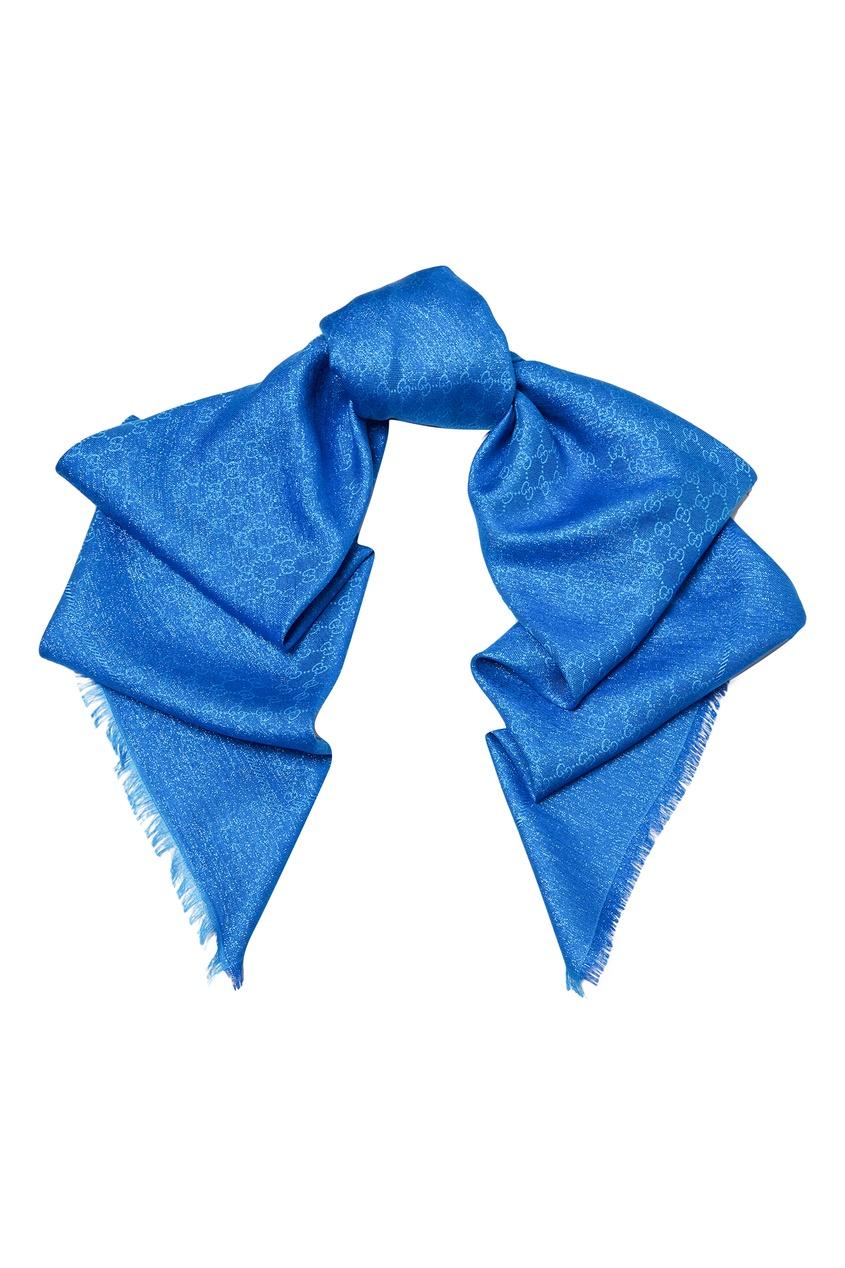 Фото - Синий платок с монограммами от Gucci синего цвета