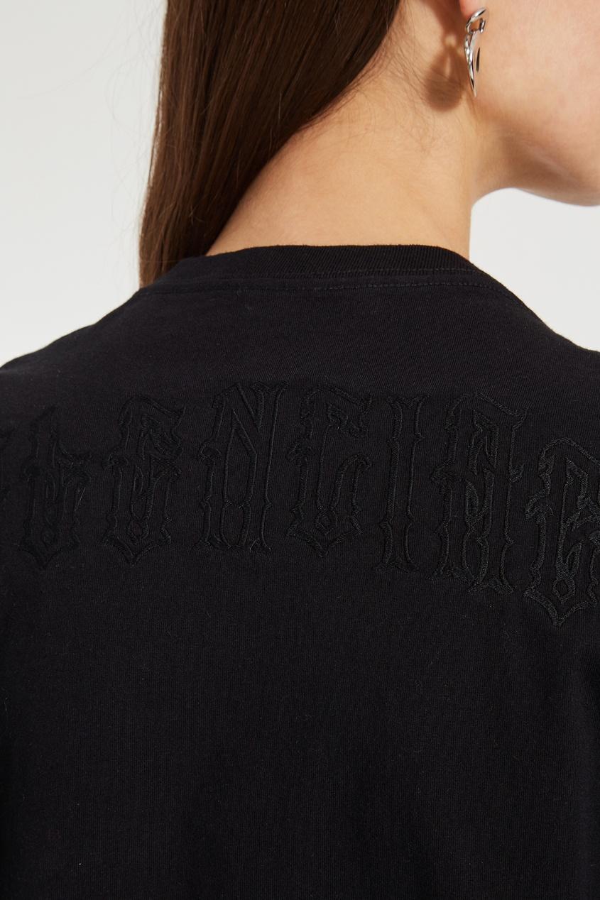 Фото 5 - Однотонная черная футболка оверсайз от Balenciaga черного цвета