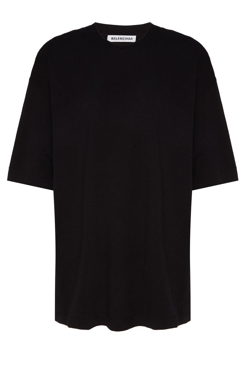 Фото - Однотонная черная футболка оверсайз от Balenciaga черного цвета