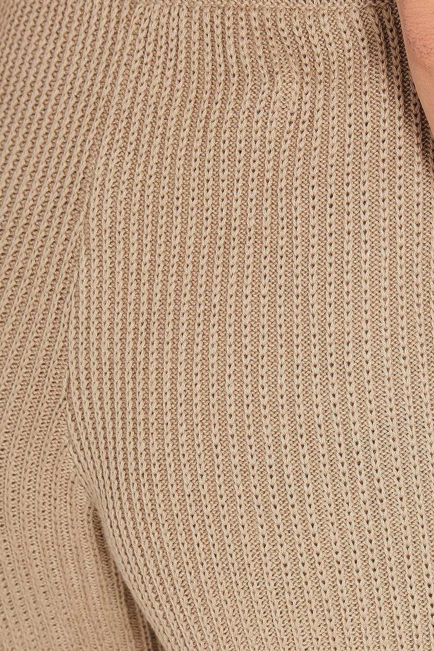 Фото 6 - Бежевые трикотажные брюки бежевого цвета