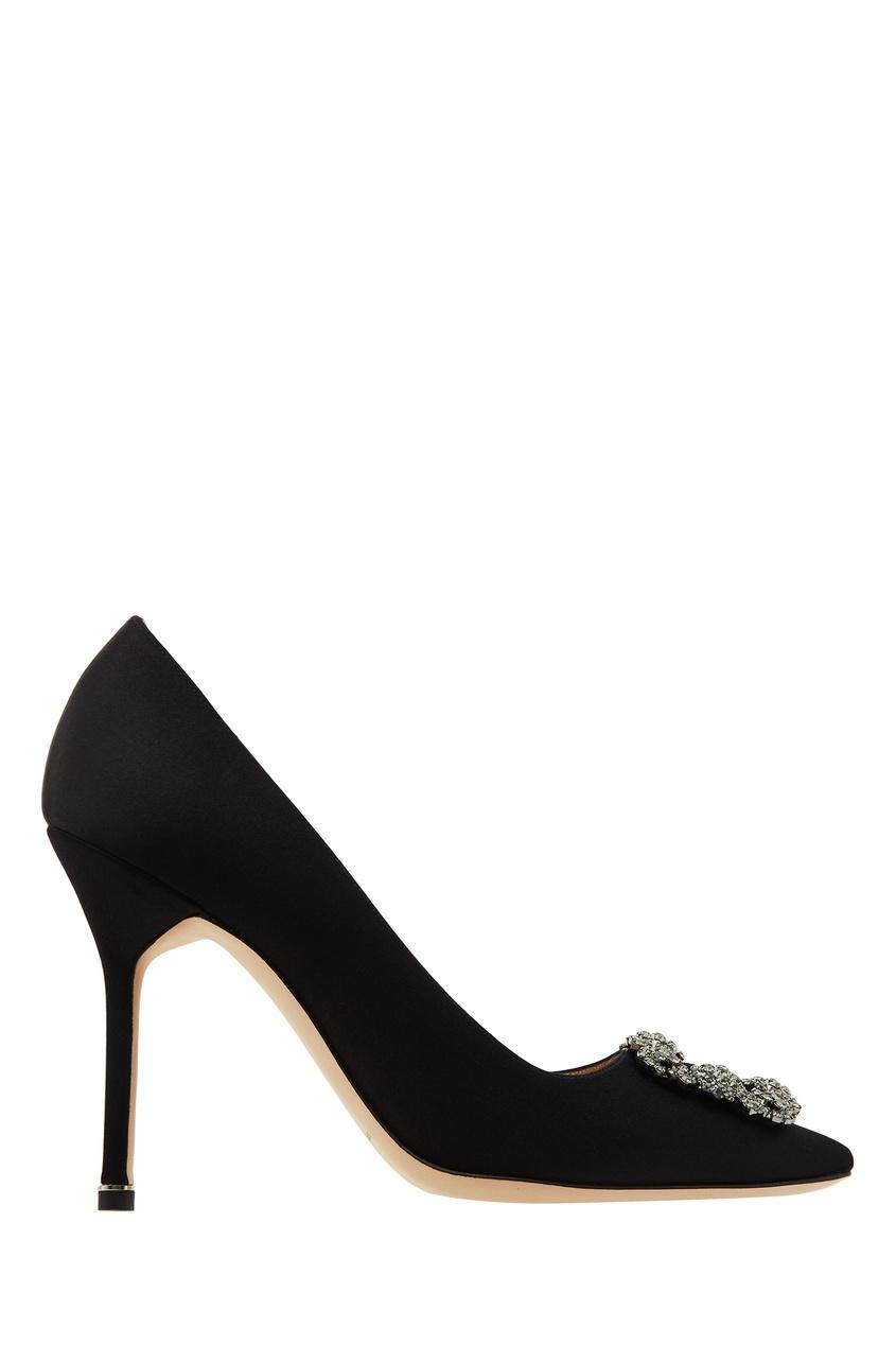 Купить Черные туфли Hangisi с пряжкой от Manolo Blahnik черного цвета