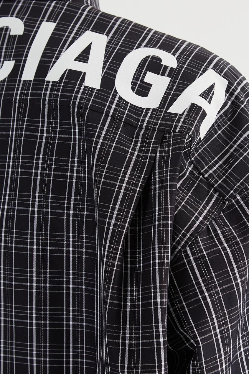 Фото 6 - Клетчатая рубашка оверсайз с логотипом от Balenciaga черно-белого цвета
