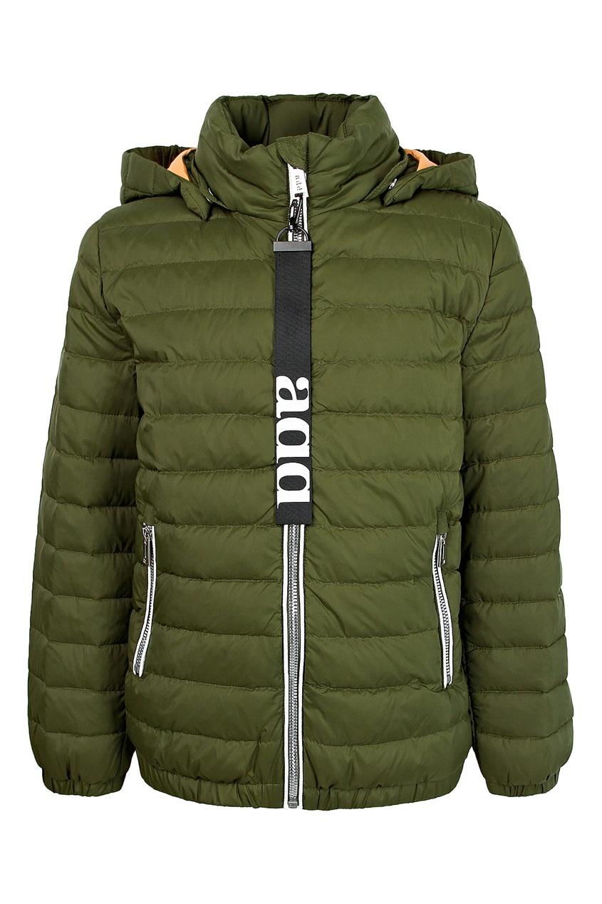Зеленая стеганая куртка