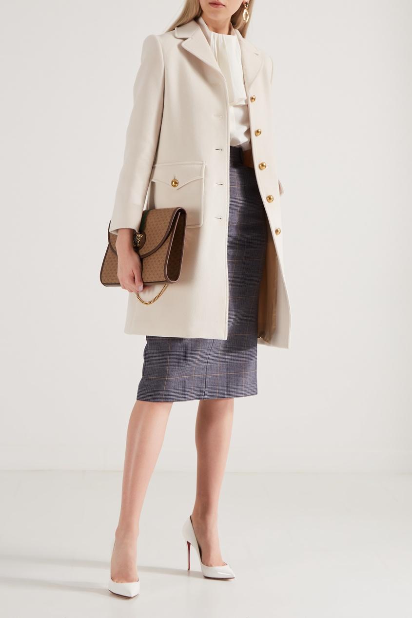 Фото 4 - Белое шерстяное пальто от Gucci красного цвета