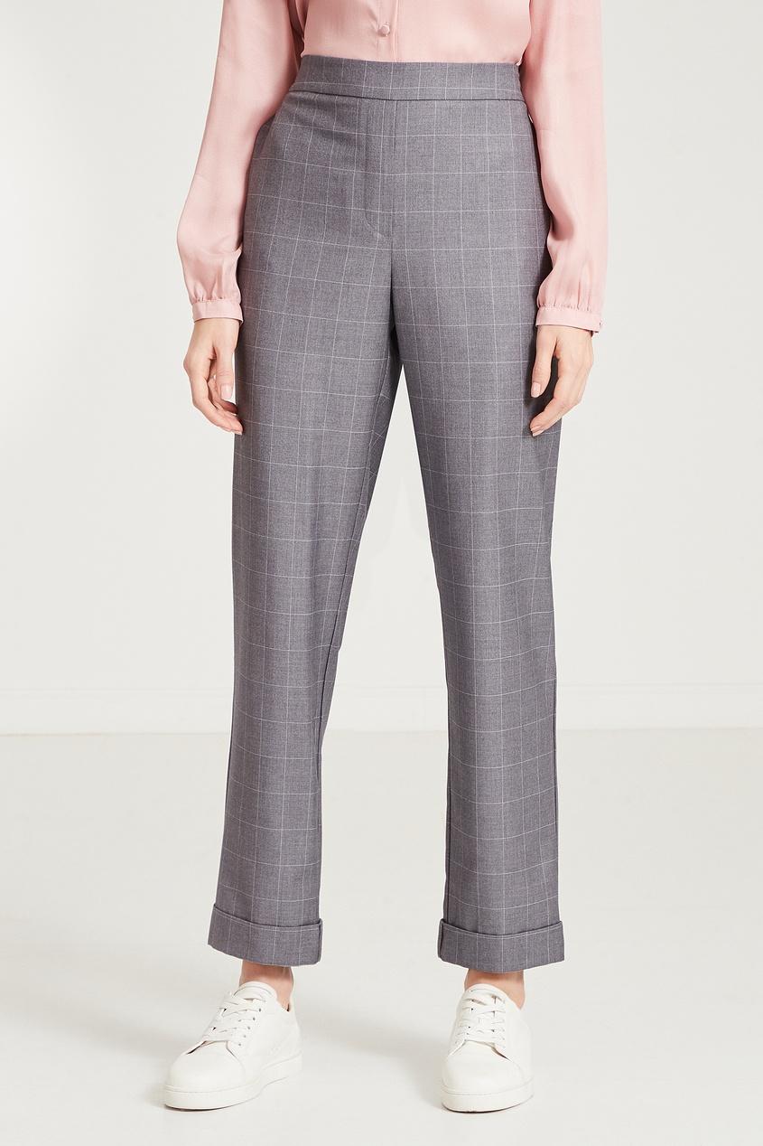 Фото 4 - Серые брюки в клетку серого цвета
