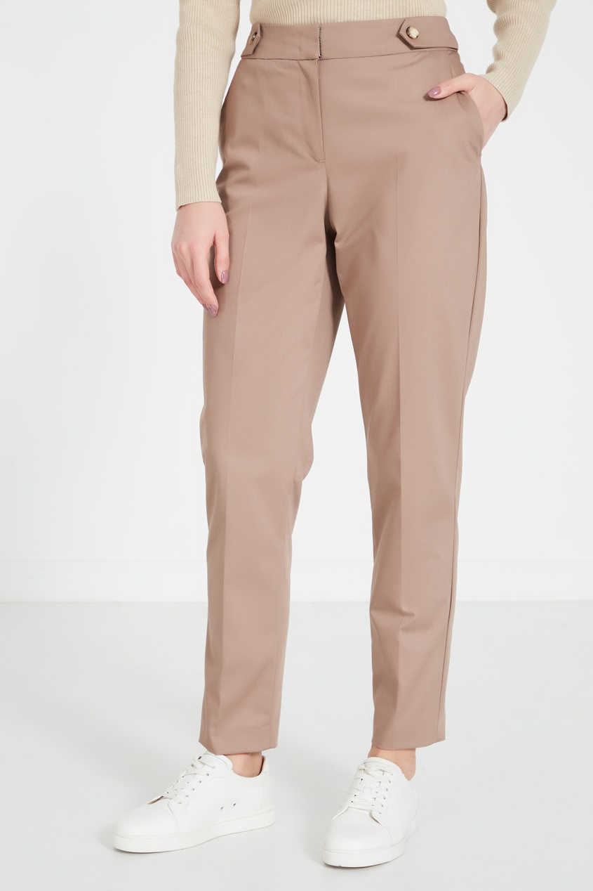 Фото 4 - Бежевые брюки бежевого цвета
