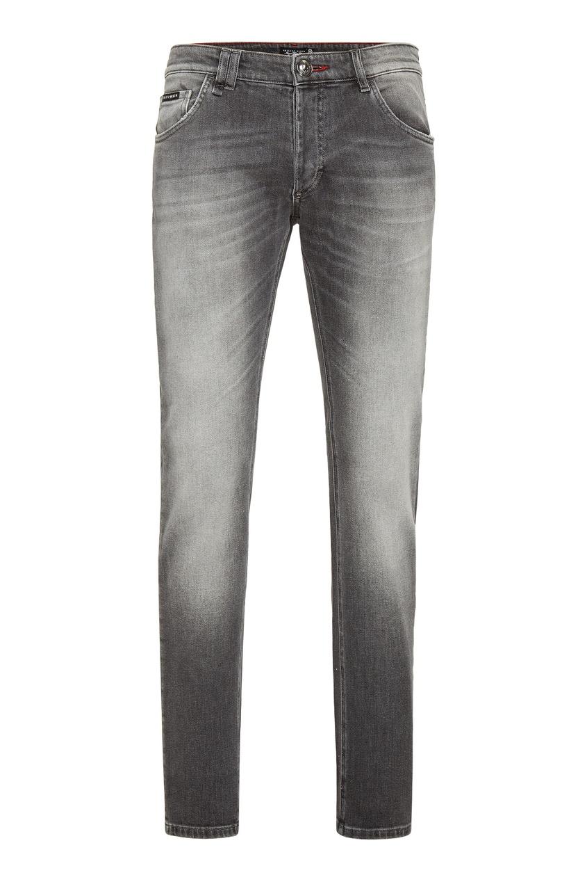 Купить Серые джинсы с потертостями от Philipp Plein серого цвета