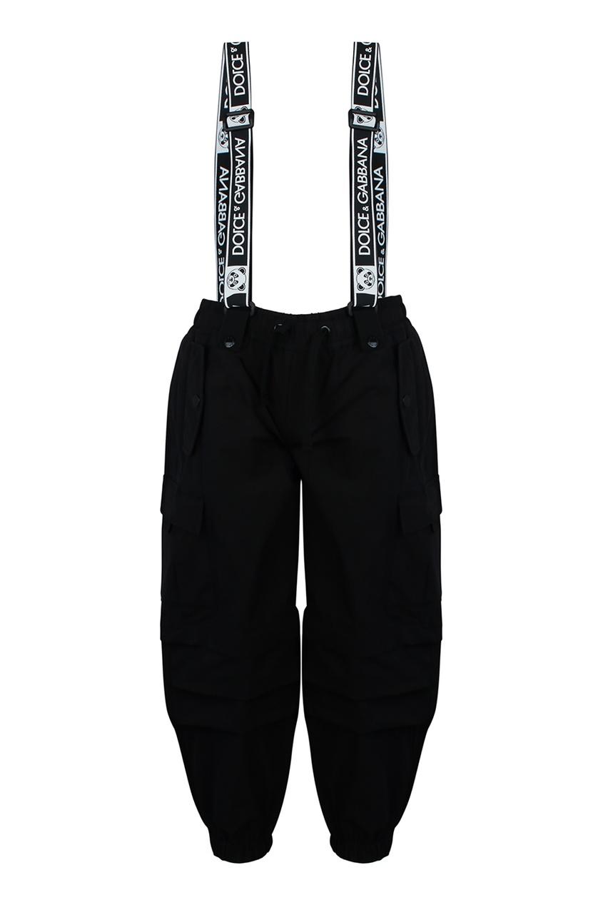 Черные брюки с подтяжками