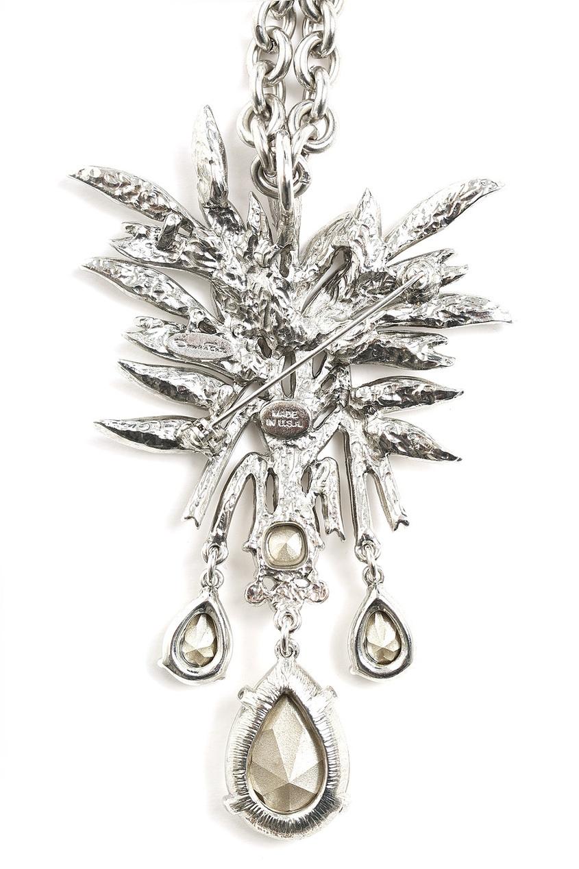 Oscar de la Renta Брошь-колье из латуни и кристаллов