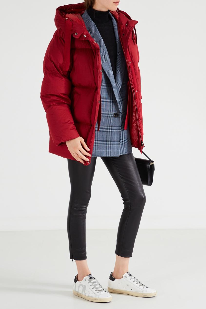 Красная куртка оверсайз Nerum от Moncler