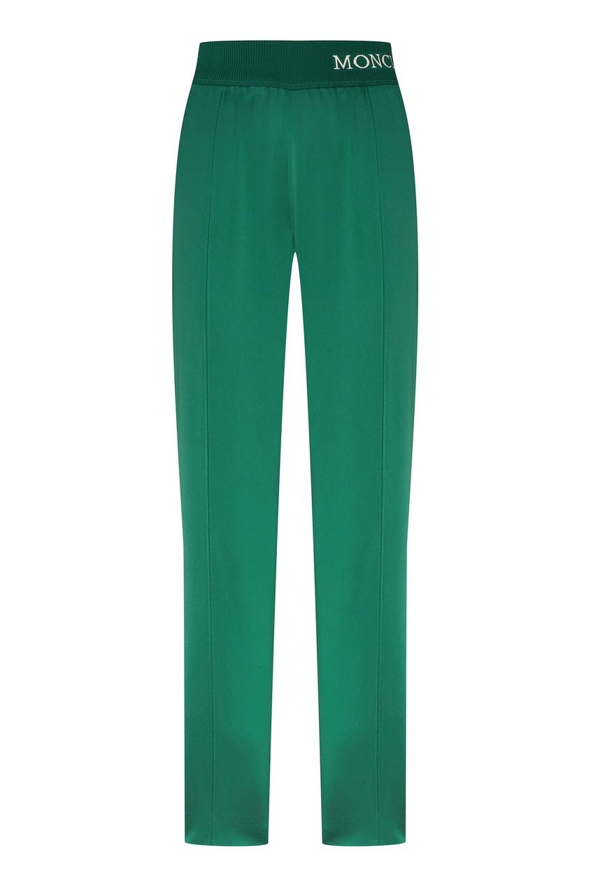Зеленые брюки с белыми лампасами от Moncler