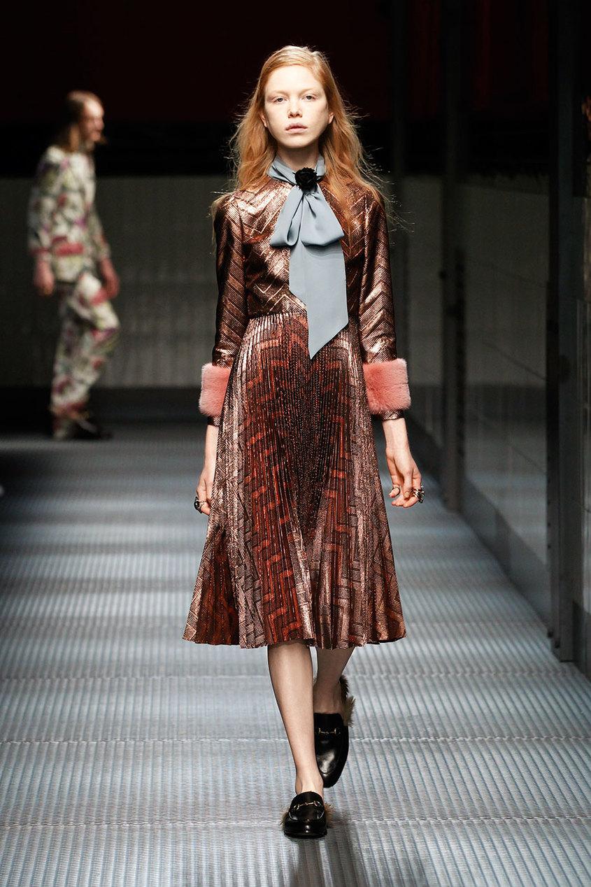 Gucci Платье из люрекса с отделкой из меха норки