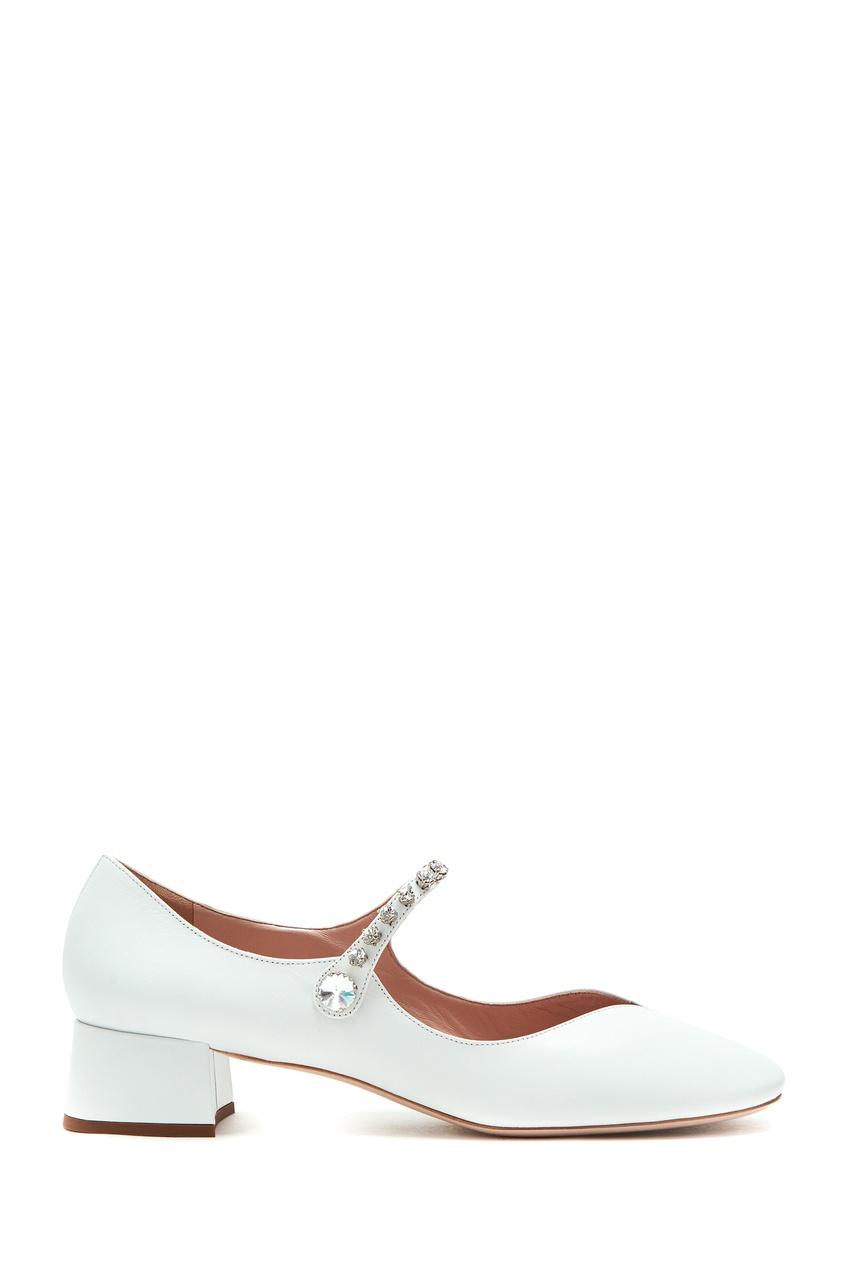 Купить Белые туфли с фигурным декольте от Miu Miu белого цвета