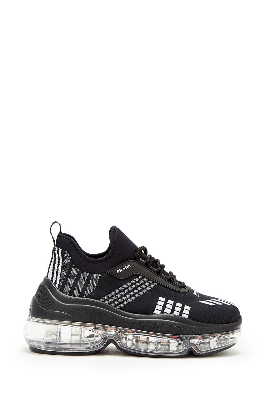 Черные кроссовки с контрастной отделкой от Prada