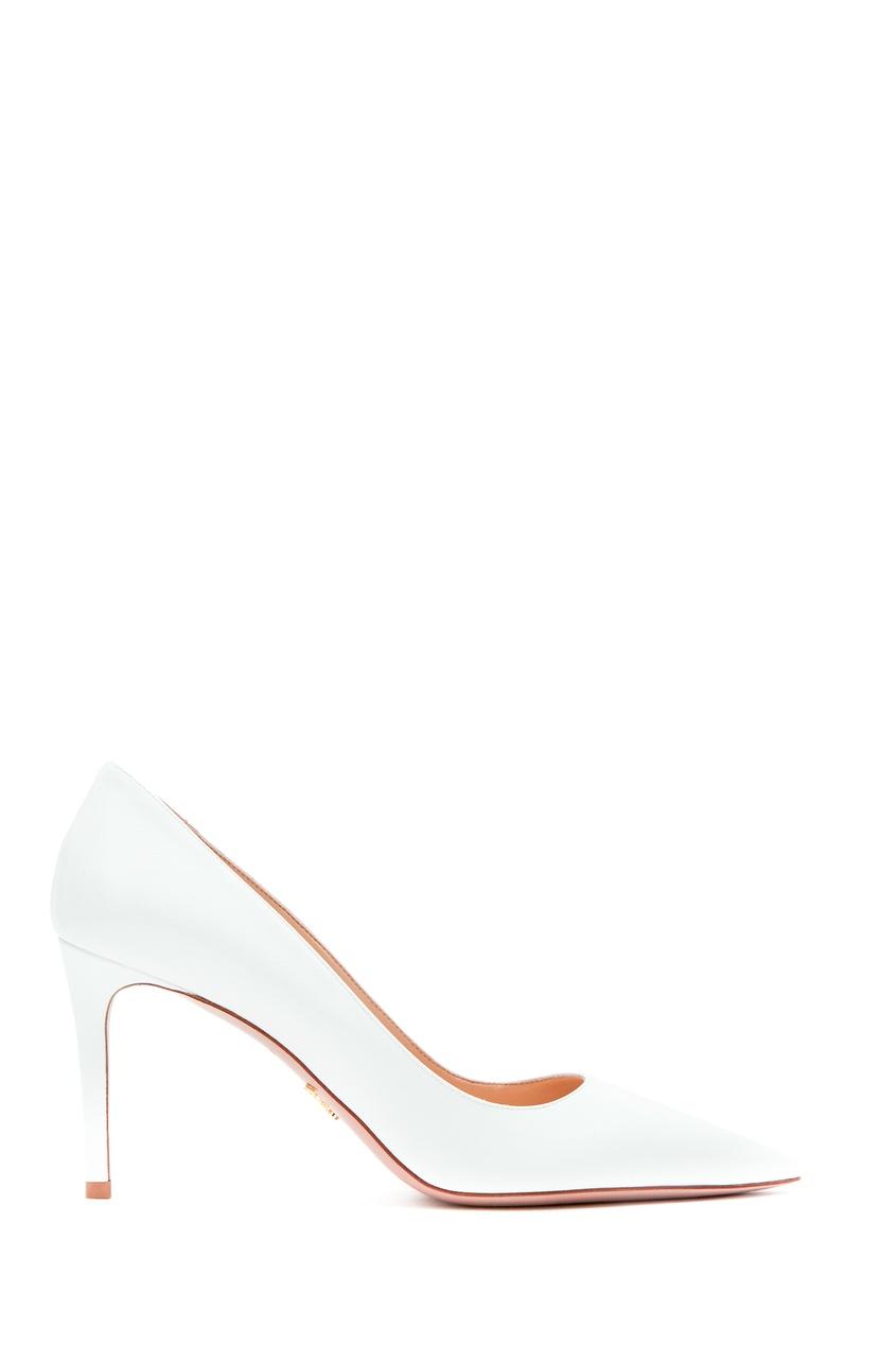 Белые туфли от Prada