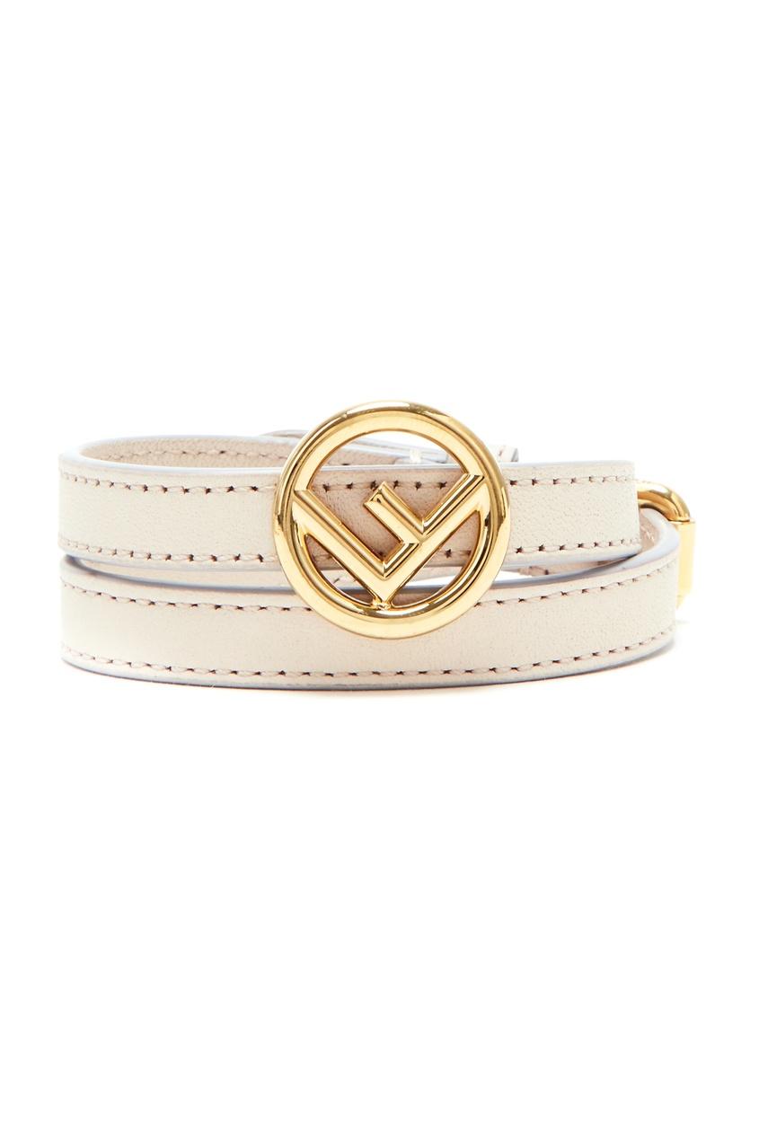 Серый кожаный браслет с логотипом от Fendi