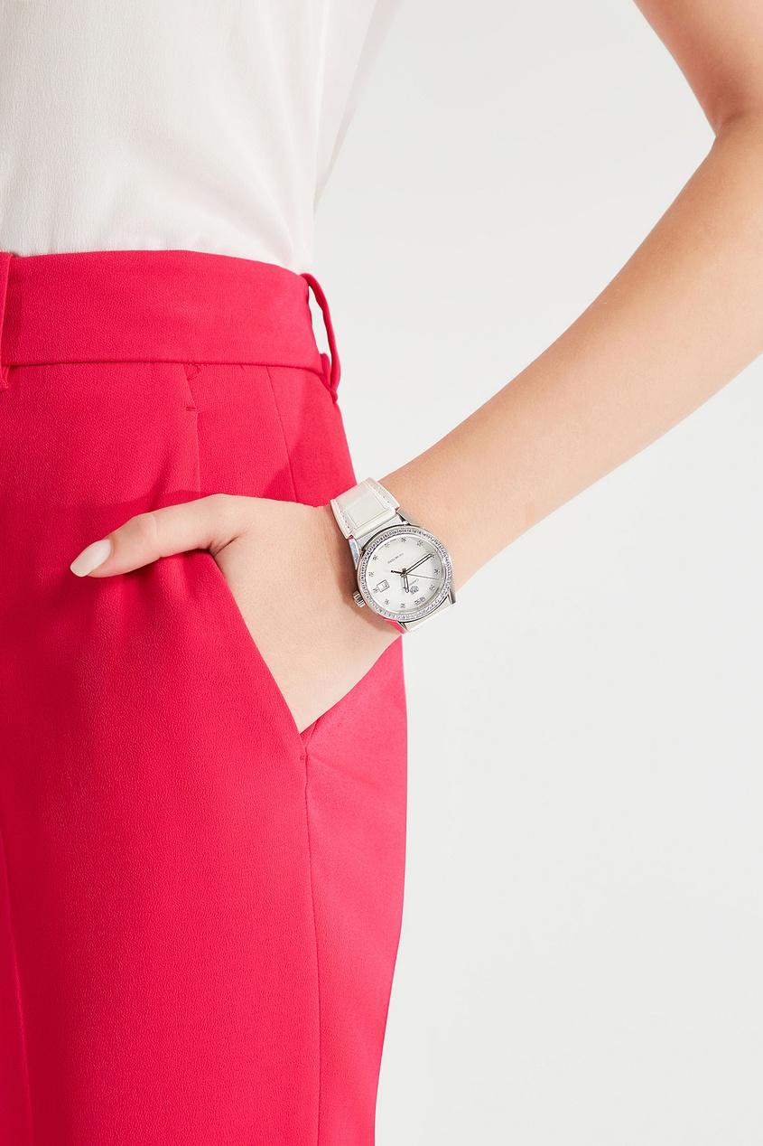 Фото 2 - CARRERA Кварцевые женские часы с перламутром и бриллиантами цвет без цвета