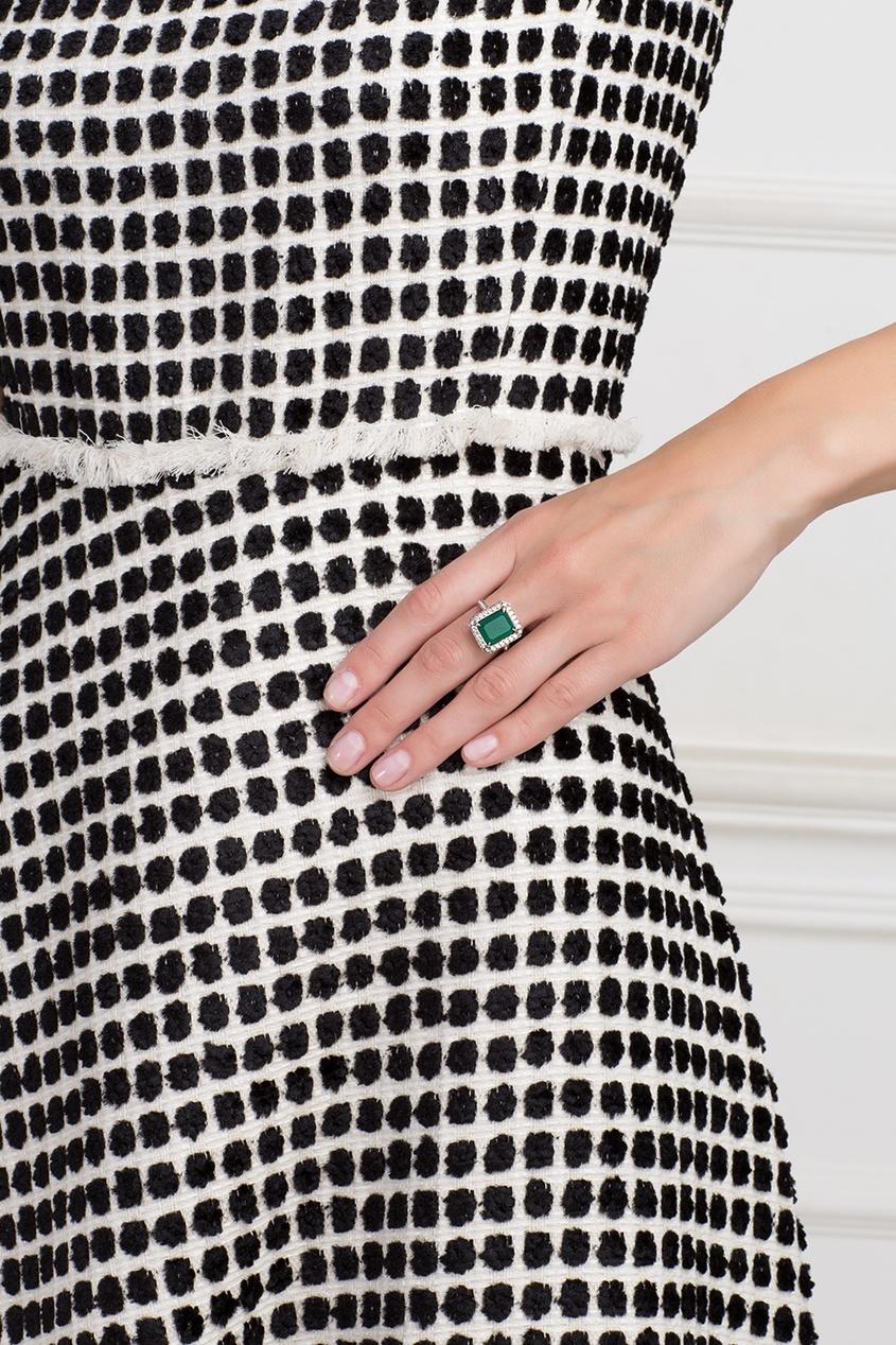 Серебряное кольцо с зеленым агатом и бесцветными топазами «Граф Орлов»