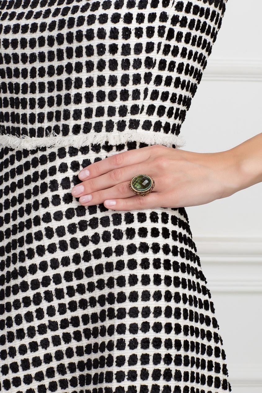 Серебряное кольцо с празеолитом, цаворитами и бесцветными топазами «Купава»