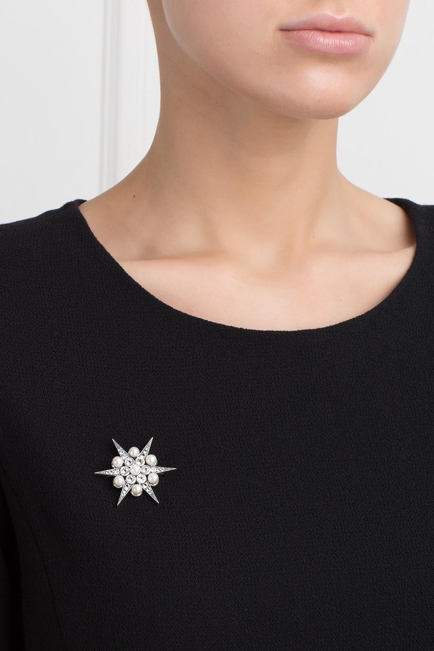 Серебряная брошь с жемчугом и бесцветными топазами «Звезда»