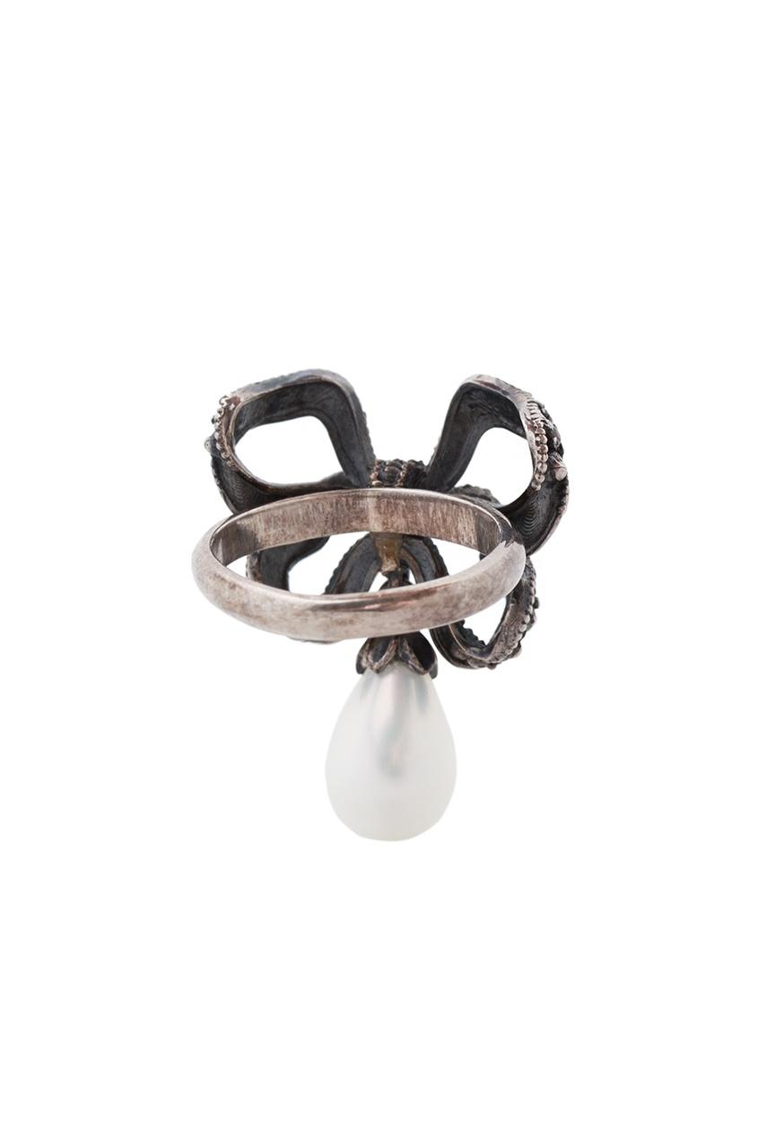 Серебряное кольцо с жемчугом и бесцветными топазами «Бантик» от AIZEL