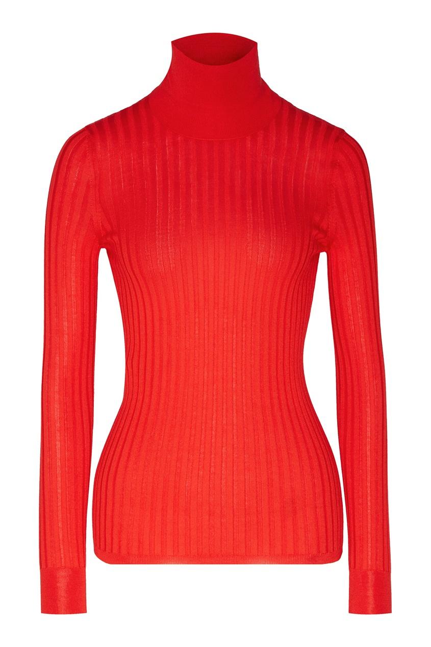 Красная водолазка в рубчик от Gucci