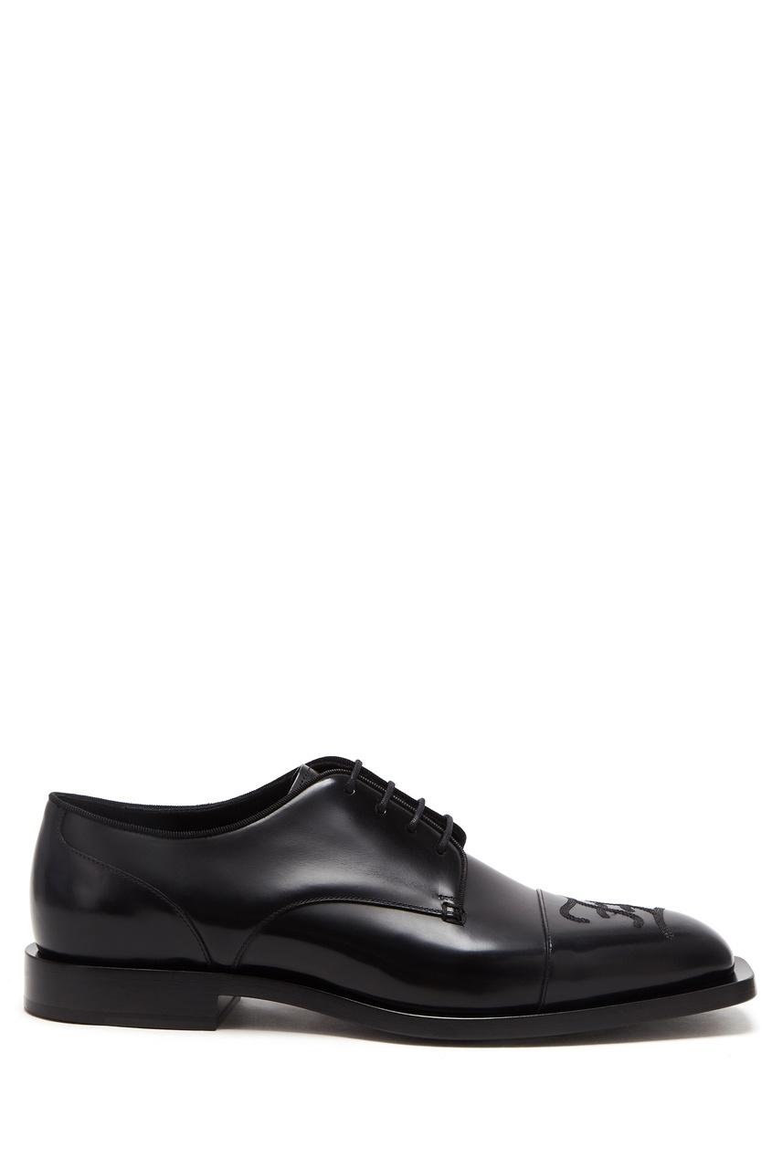 Черные туфли с фактурной отделкой от Fendi