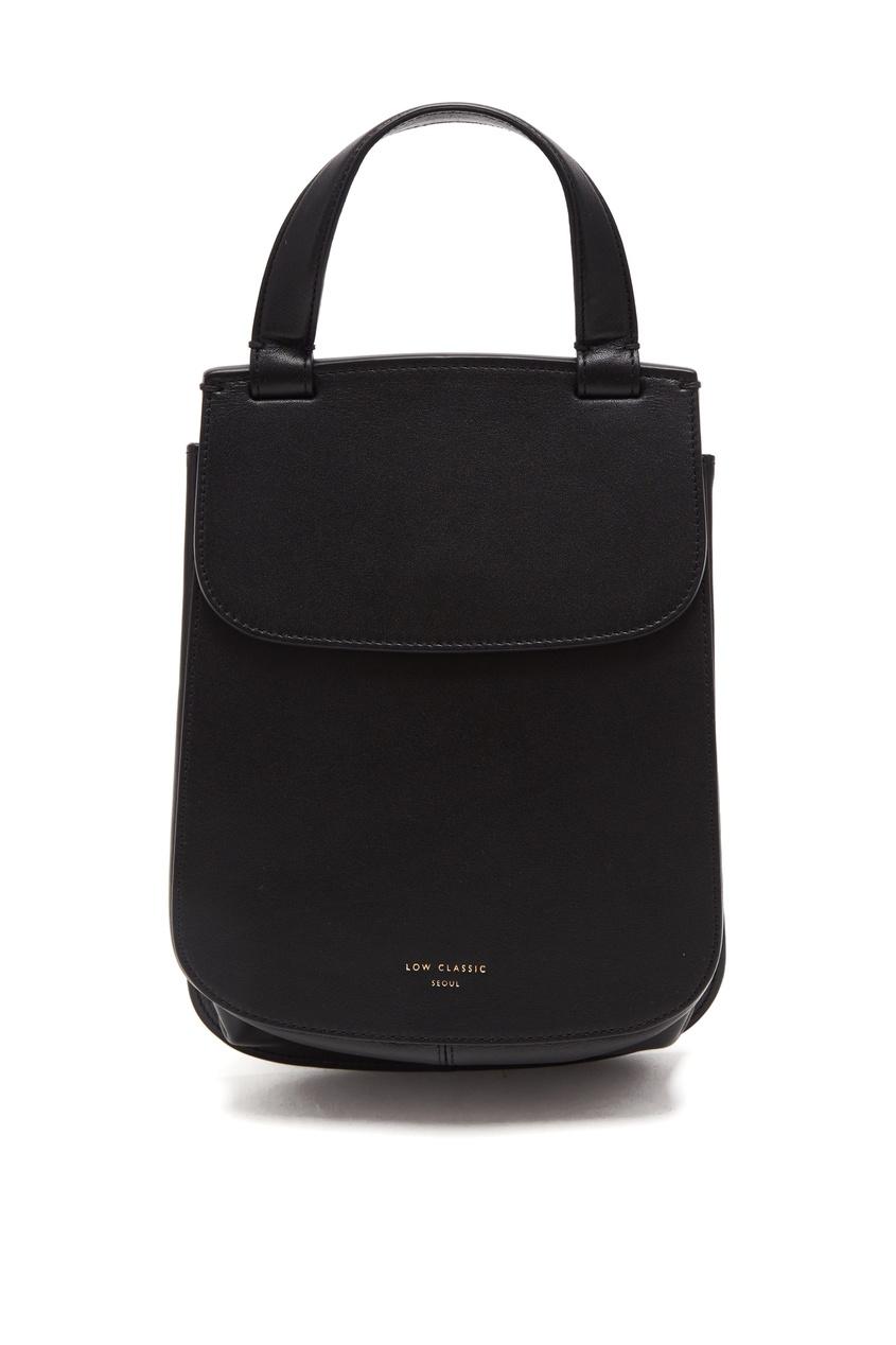 Фото - Черная сумка из кожи с клапаном черного цвета