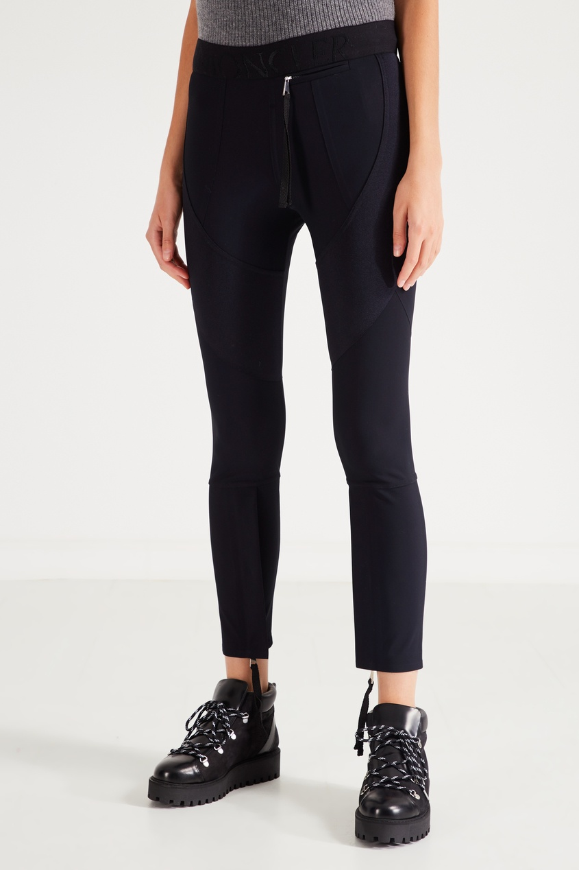Фото 3 - Спортивные брюки с эластичным поясом от Moncler черного цвета