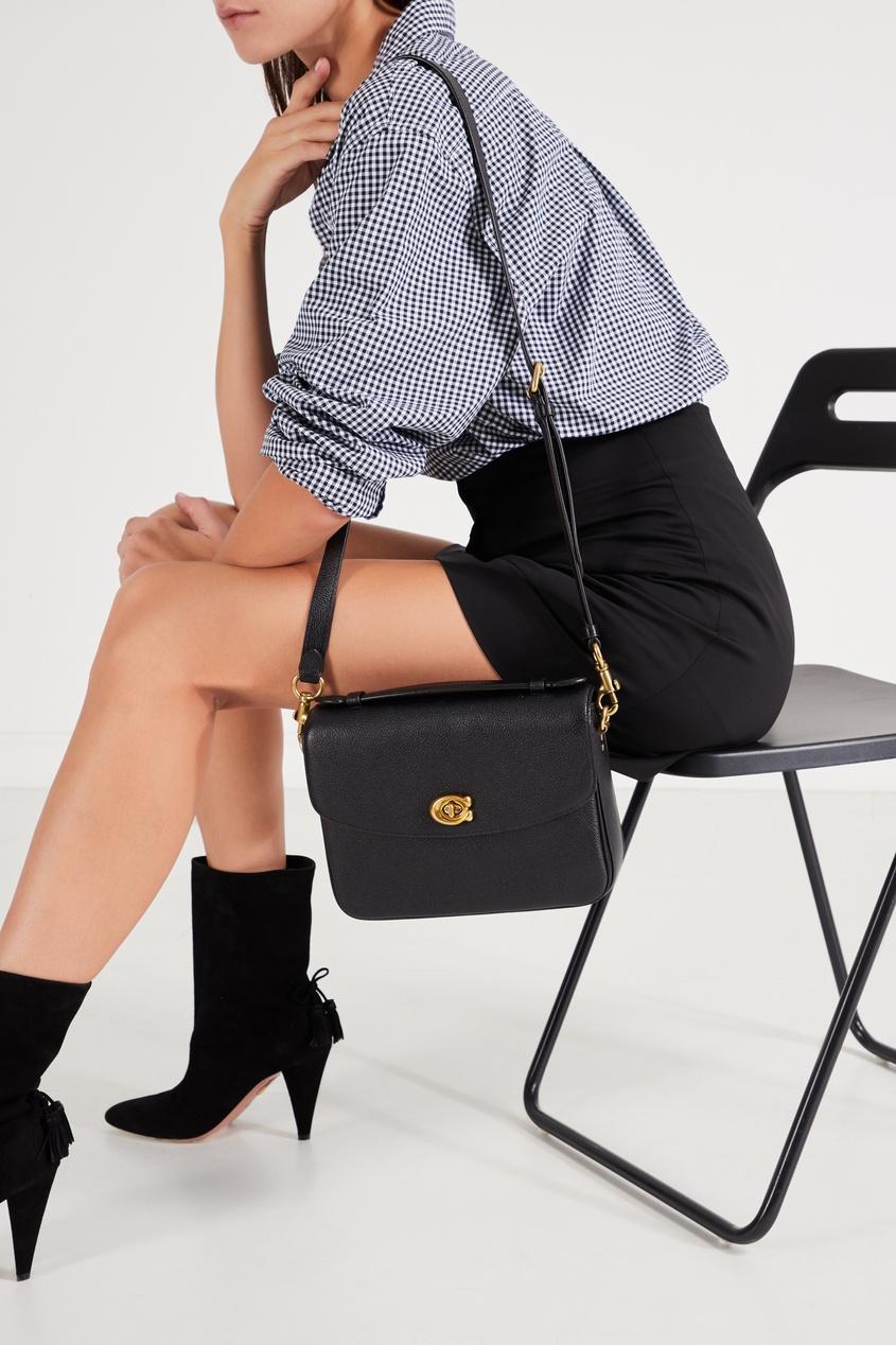 Фото 3 - Черная кожаная сумка-кроссбоди Cassie от Coach черного цвета