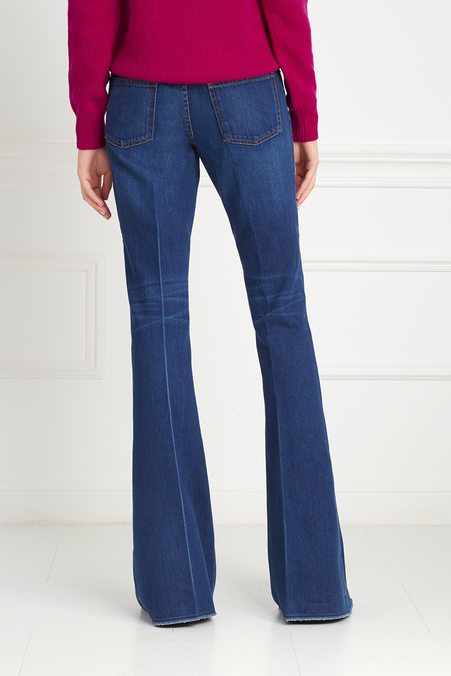 Расклешенные джинсы доставка